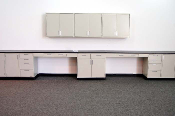 27′ HAMILTON LAB CABINETS CASEWORK W/9′ WALL CABINETS