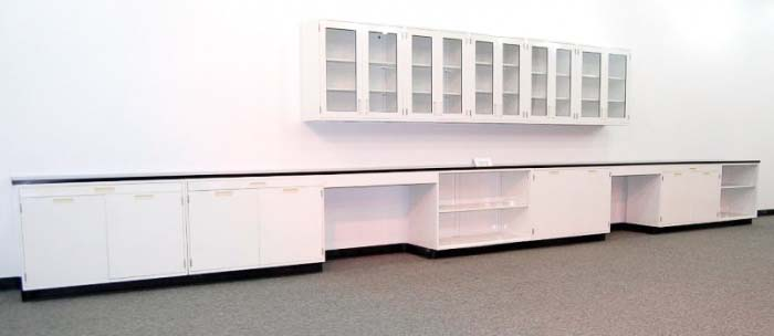 30′ FISHER HAMILTON LABORATORY CABINETS AND CASEWORK WITH GLASS UPPER CABINETS