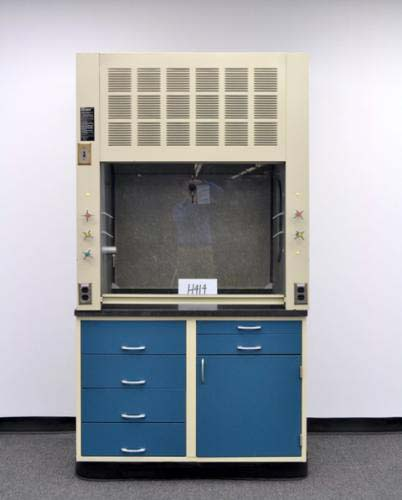 4′ HAMILITON SAFEAIRE FUME HOOD WITH EPOXY WORK SURFACE AND BASE CABINET H414