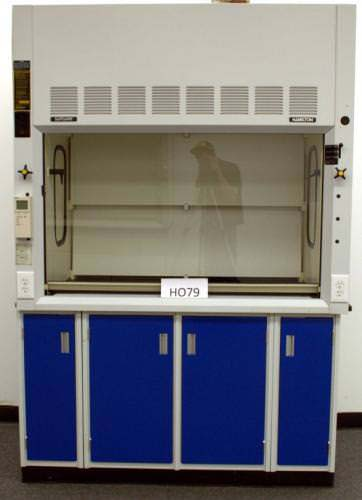 5′ HAMILTON SAFEAIRE CHEMICAL FUME HOOD & BASE CABINETS H079