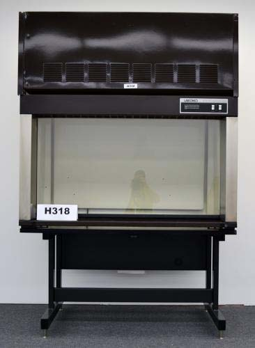 5′ LABCONCO LABORATORY FUME HOOD With BASE STAND h318