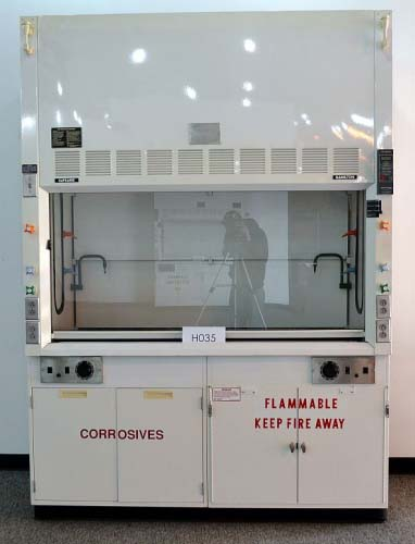6′ HAMILTON SAFEAIRE FUME HOOD WITH EPOXY COUNTER TOPS H035