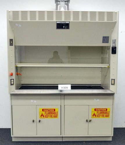 6′ KEWAUNEE SCIENTIFIC LABORATORY FUME HOOD WITH EPOXY TOPS BASE CABINETS H309