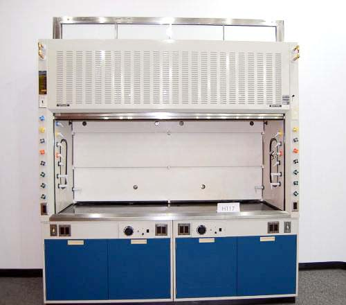8′ HAMILTON SAFEAIRE LABORATORY FUME HOOD WITH BASE CABINETS H117