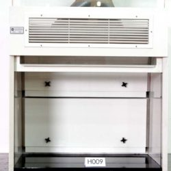 4' Hanson Lab Furnishings Fume Hood