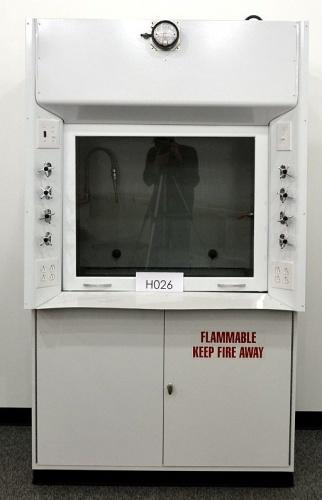4 Kewaunee Fume Hood With Flammable Base Cabinets Nls