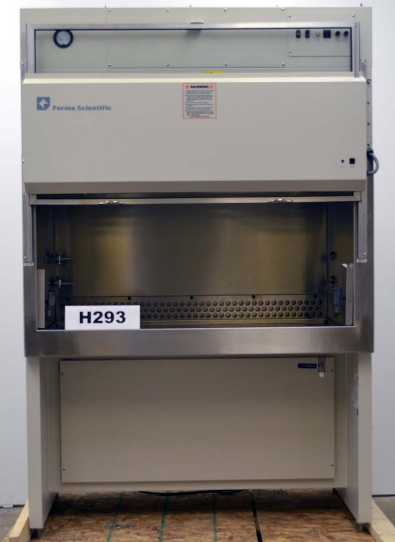 "52"" FORMA SCIENTIFIC LABORATORY BIOLOGICAL BIOSAFETY FUME HOOD H293"