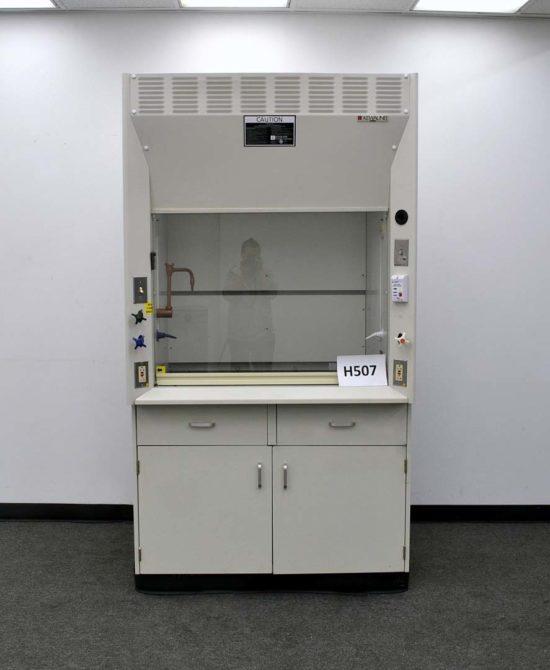 4' Kewaunee Chemical Laboratory Fume Hood (H507)